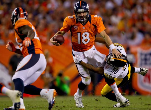 Peyton Manning led the Denver Broncos to an opening night 31-19 win over the Pittsburgh Steelers by passing for 253 yards and two touchdowns.
