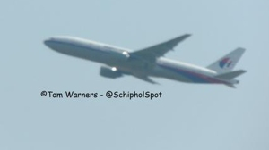 Tom Warners took a photo of MH17 from Schiphol and tweeted it. (Photo: Tom Warners via Twitter)