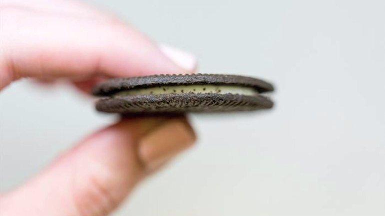 Oreo Thin cookie