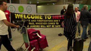 """Welcome to Hell"" sign at Rio airport. (Photo: CNN)"