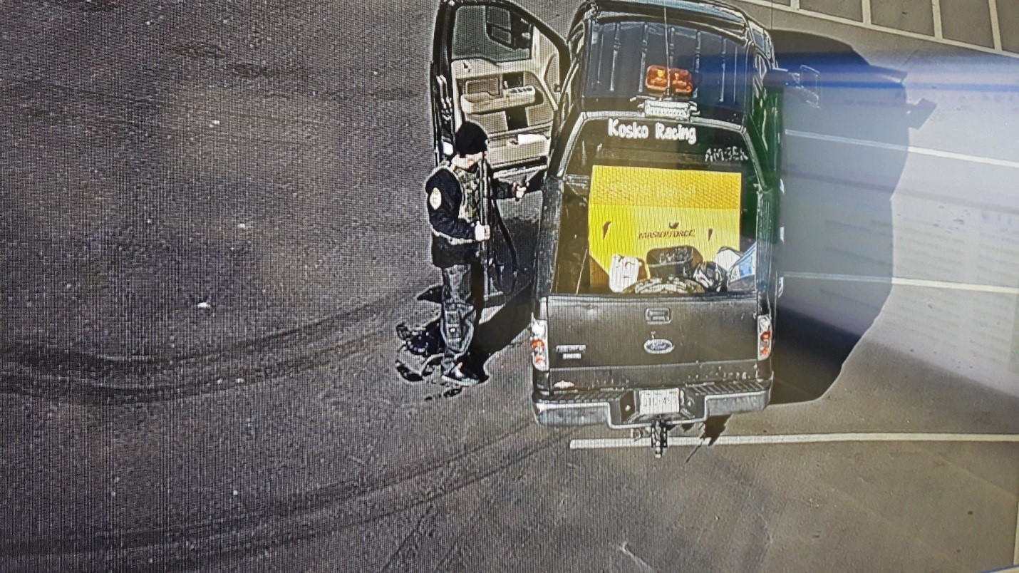 Suspect steals police equipment. Photo: Adams County Sheriff's Office