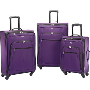 Police believe some body parts belonging to Ashley Mead were put in a purple suitcase similar this these. (Photo: Boulder Police Department)