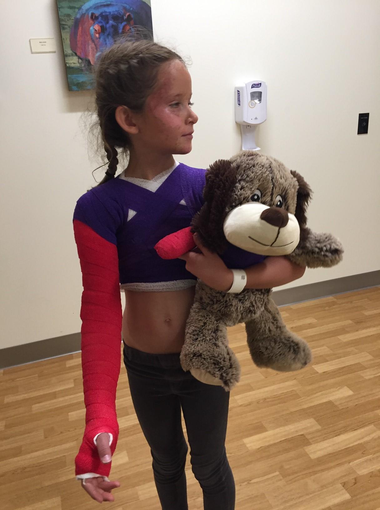 Caroline with Teddy bear and Cast