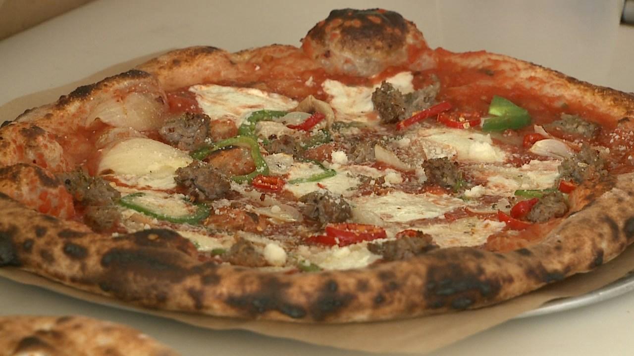 Pizzeria Lui scores A