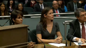 Halle Berry, Jennifer Garner testified on August 13th in support of anti-paparazzi bill (Photo Credit: CNN video still)