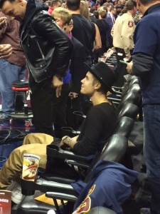 Justin Bieber in Cleveland to watch return of LeBron (10/30/14) FOX 8 image