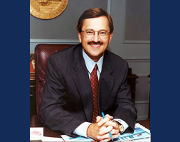 Mayor Gary Starr
