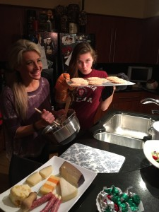 Stefani baking with her daughter, Siena.