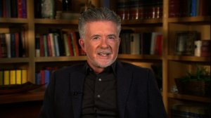 "Actor Alan Thicke died at the age of 69. Thicke was known for his role as Jason Seaver, on ABC television series ""Growing Pains"". He is also the father of singer Robin Thicke."