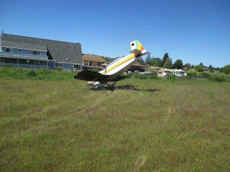 A small plane made a crash landing at Cameron Park Airport (Courtesy: El Dorado County Sheriff's Department)