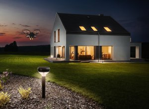 Sunflower Labs -- with headquarters in Silicon Valley and Zurich, Switzerland -- announced a new security system on Thursday November 3, 2016 that detects possible threats and investigates them with a drone.