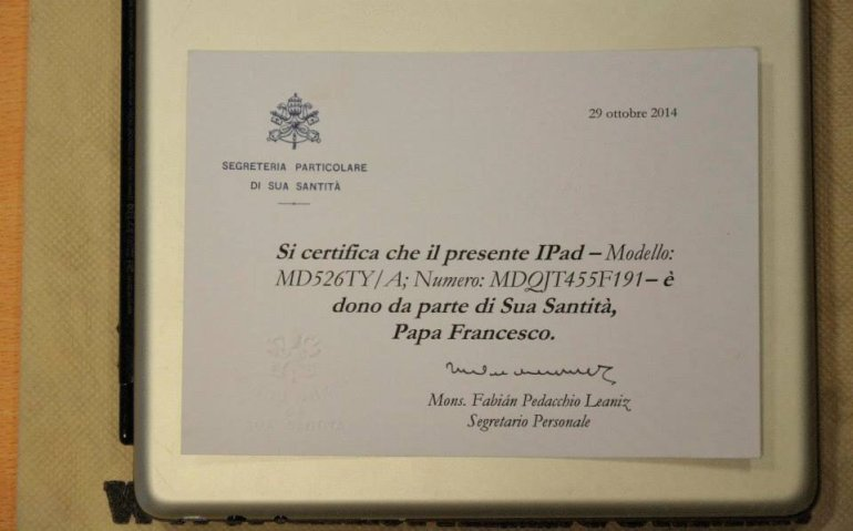 An iPad once owned by Pope Francis sells for big bucks. The proceeds will go to a school. (Source:  Castells/Facebook)