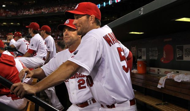 Cardinals pitcher Adam Wainwright talks with manager Mike Matheny. (Photo by Robert Cohen, St. Louis Post-Dispatch)