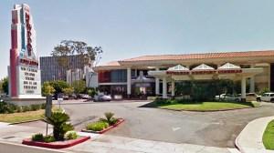 Edwards Big Newport 6 movie theater (Google Maps)