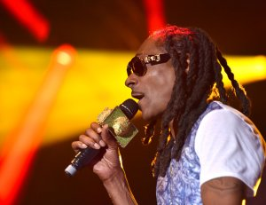 Snoop Dogg performs during the 2015 KAABOO Del Mar at the Del Mar Fairgrounds on September 18, 2015 in Del Mar, California. (Photo by C Flanigan/WireImage for KAABOO Del Mar via imageSPACE)