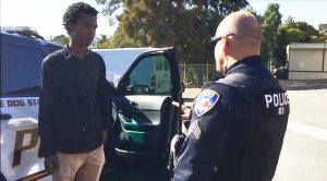 Jourdan Duncan talks with Benicia Police Cpl. Kirk Keffer. (CNN)