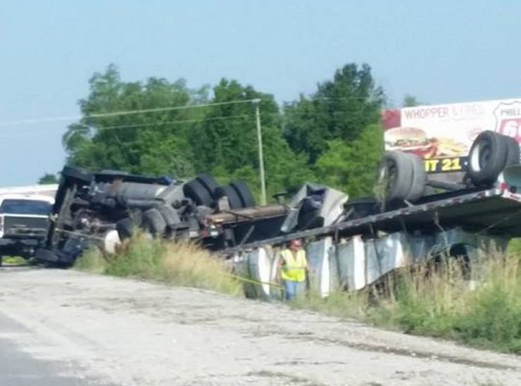 Wreck on I-70 between Oak Grove and Grain Valley, MO. Courtesy: Missy Brown Burke