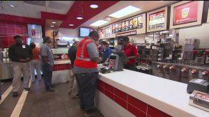 KCMO approves minimum wage hike to $13 an hour by 2020.