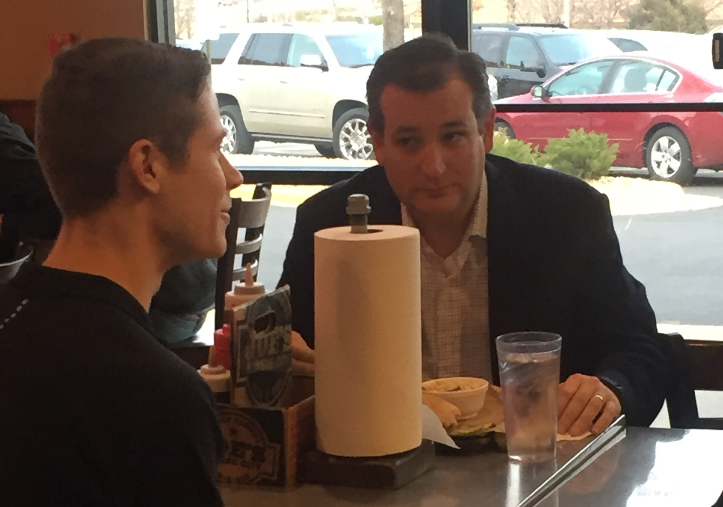 Supporters met with Cruz while he enjoyed a Z-Man.