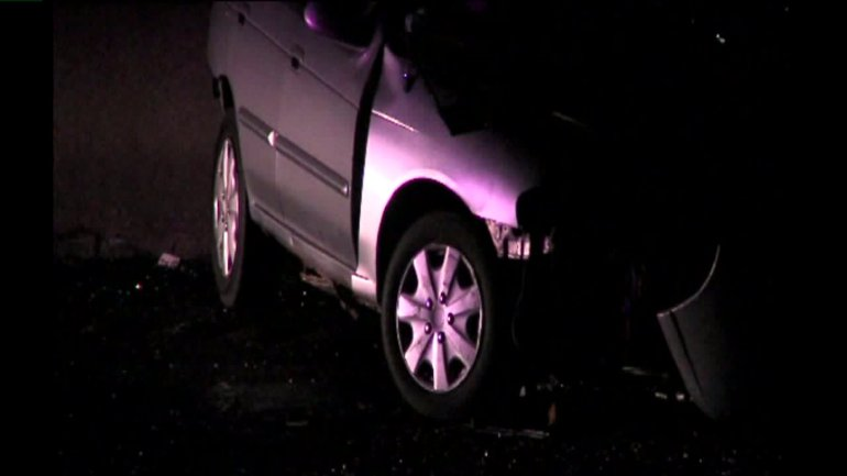 A wrong-way driver clipped a vehicle before crashing head-on into another driver near I-29 and 64th Street Thursday morning. The wrong-way driver was pronounced dead at the scene. The driver who was hit head on was taken to the hospital where she is listed in serious condition.