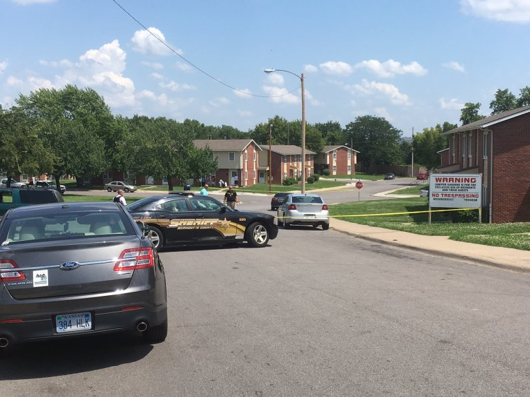 Area of 2nd and Edgerton where an officer responded to an armed disturbance before getting shot near 22nd and Haskell. (Photo: Dave D'Marko/WDAF-TV)
