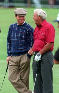 18 JUL 1995: TOM WATSON OF THE USA AND COUNTRYMAN ARNOLD PALMER SHARE A JOKE ON THE 18TH GREEN DURING THE PRACTICE ROUND OF THE 1995 OPEN GOLF CHAMPIONSHIPS ON THE OLD COURSE AT ST. ANDREWS, FIFE, SCOTLAND. Mandatory Credit: Anton Want/ALLSPORT