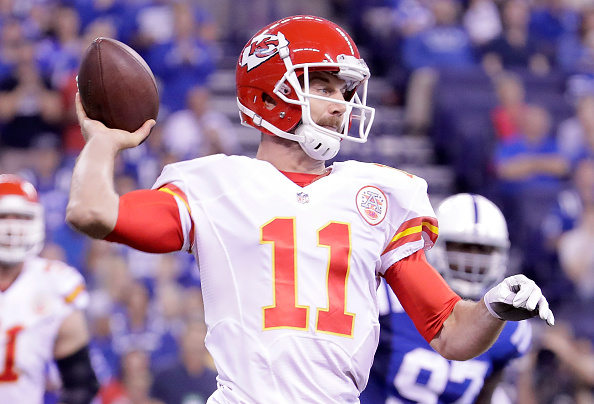 INDIANAPOLIS, IN - OCTOBER 30: Alex Smith #11 of the Kansas City Chiefs passes the ball during the first quarter of the game against the Indianapolis Colts at Lucas Oil Stadium on October 30, 2016 in Indianapolis, Indiana. (Photo by Andy Lyons/Getty Images)