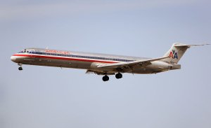 MD-80 airplane picture