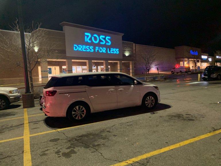 Ross Dress For Less shooting scene