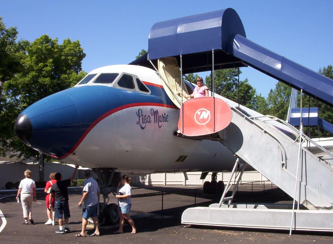 Elvis' Plane 'Lisa Marie' (Credit: Kathi / KCRep / CNN iReport)
