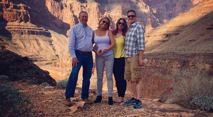 Brittany Maynard (third from left) and her family at the Grand Canyon (Courtesy: Brittany Maynard)
