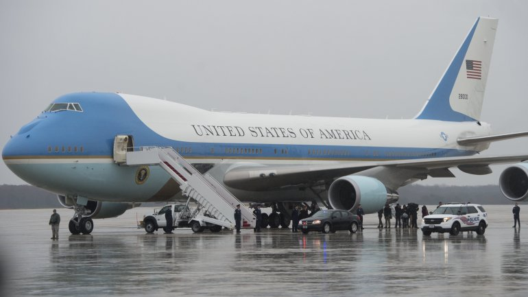 Air Force One (Saul Loeb/AFP/Getty Images)