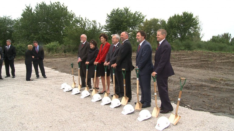 Governor Terry Branstad, along with ISU President Steven Leath break ground on the new  segment of ISU's Research Park