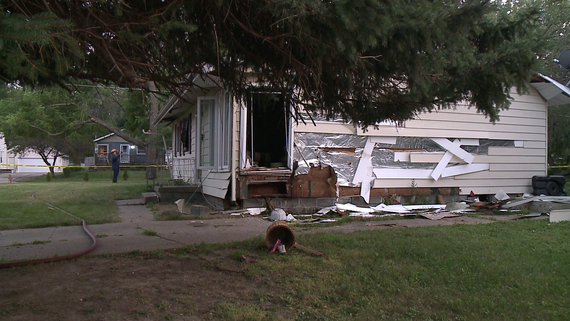 Explosion at 5538 Southwest 15th Street in Des Moines. (WHO-HD)