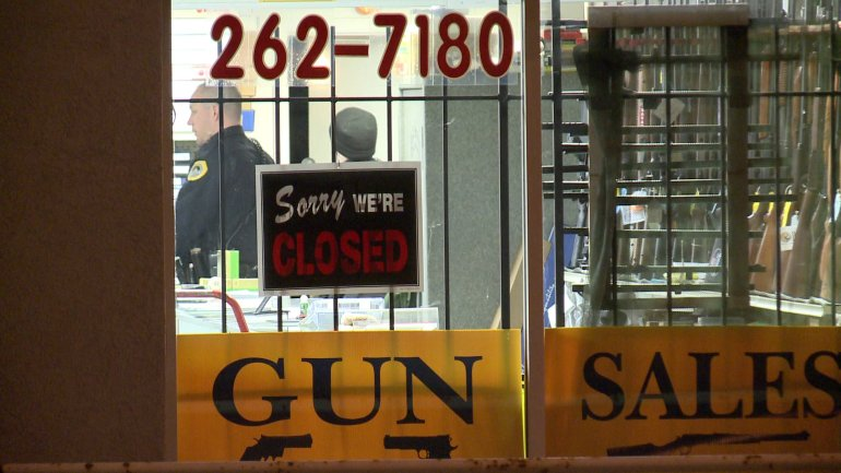 Jack Smith's Gun Sales was burglarized early Monday morning. (WHO-HD)