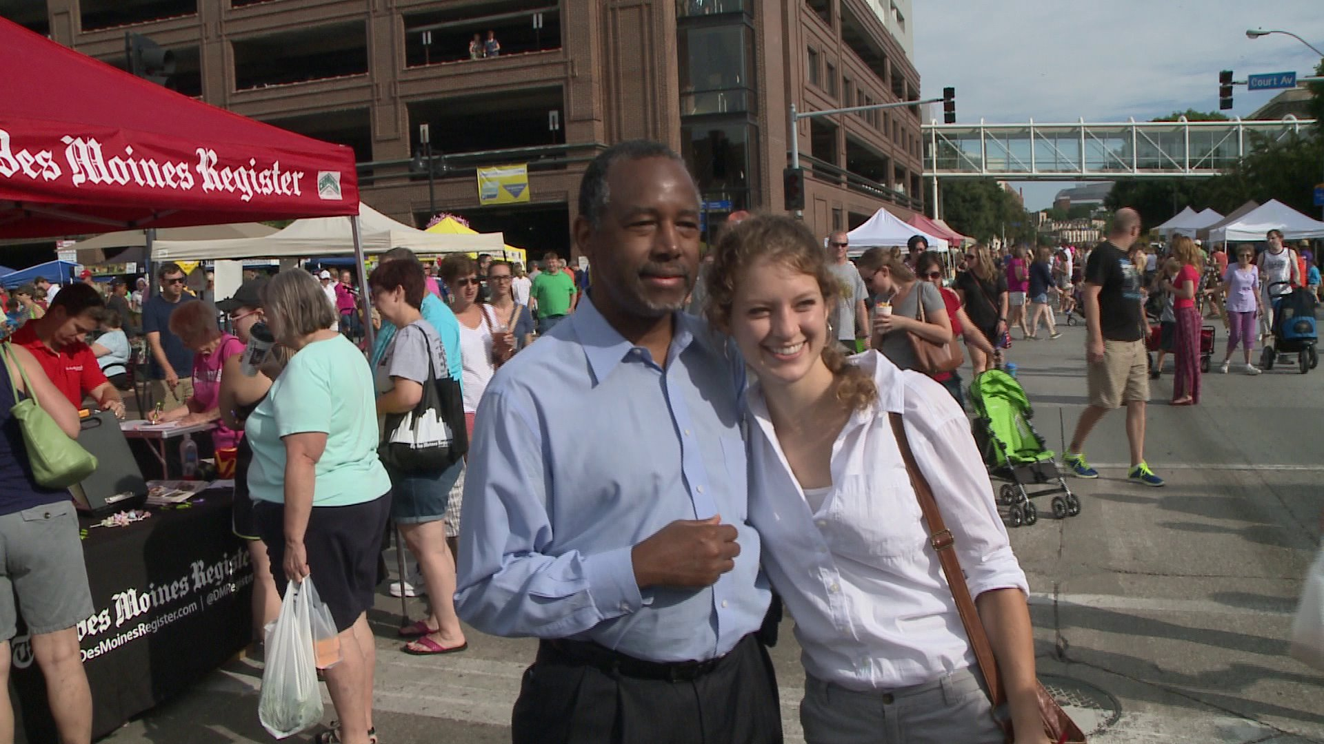 Republican Ben Carson campaigns at the Downtown Farmers' Market. (WHO-HD)