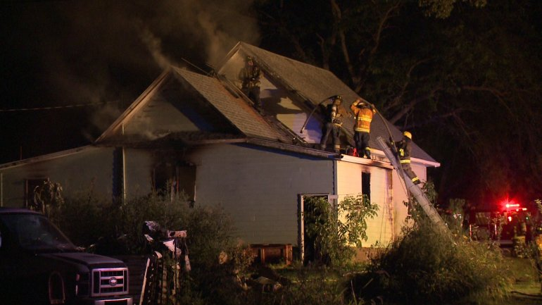 Fire damages Granger home. (WHO-HD)