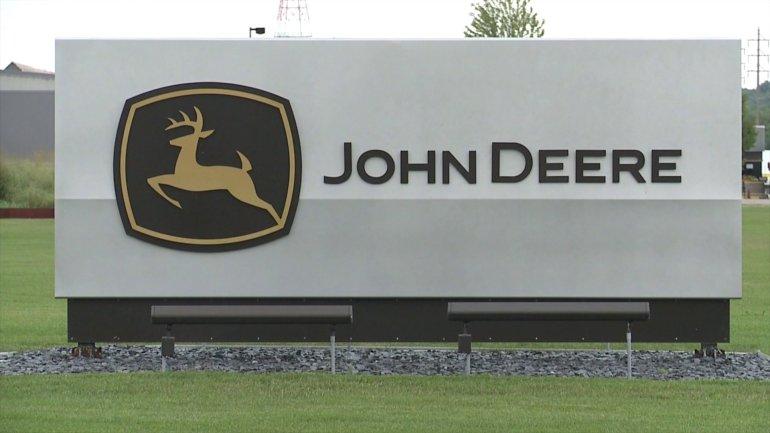 John Deere (WHO-HD)
