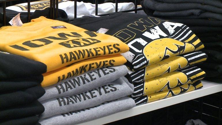 Iowa Hawkeye apparel (WHO-HD)