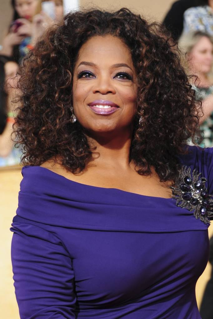 "FILE-Actress Oprah Winfrey, from ""Lee Daniels' The Butler"", poses on the red carpet at the Screen Actors Guild (SAG) Awards in Los Angeles, California on Saturday, January 18, 2014."