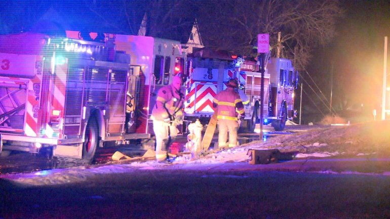 Firefighters responded to a Sioux City fire Wednesday night. (WHO-HD)