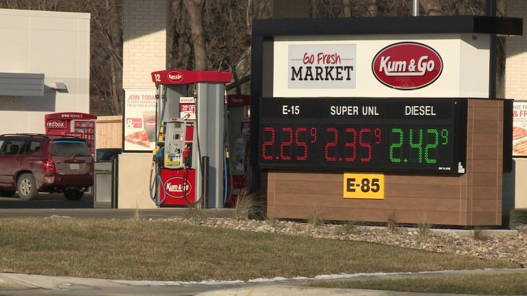 Gas prices expected to continue rising nationwide. (WHO-HD)