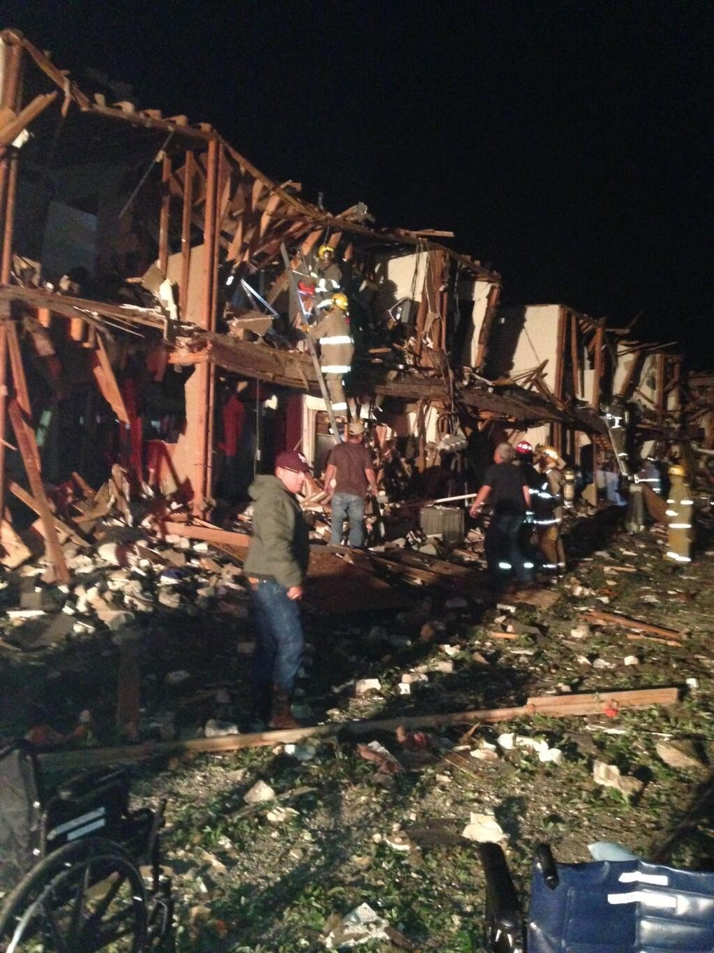 Apartment complex destroyed by fertilizer plant explosion