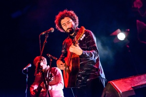 BERLIN, GERMANY - NOVEMBER 03: Singer Jose Gonzalez performs live on stage during a concert at Tempodrom on November 3, 2015 in Berlin, Germany. (Photo by Stefan Hoederath/Redferns)