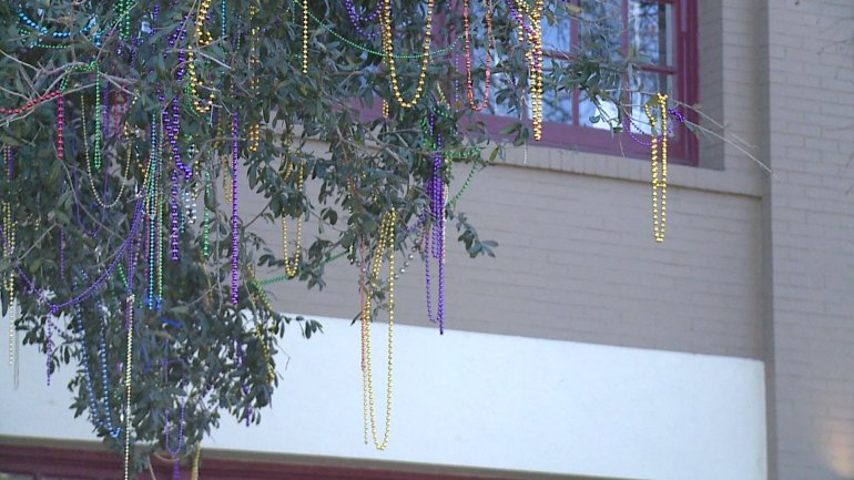 Beads in Tree