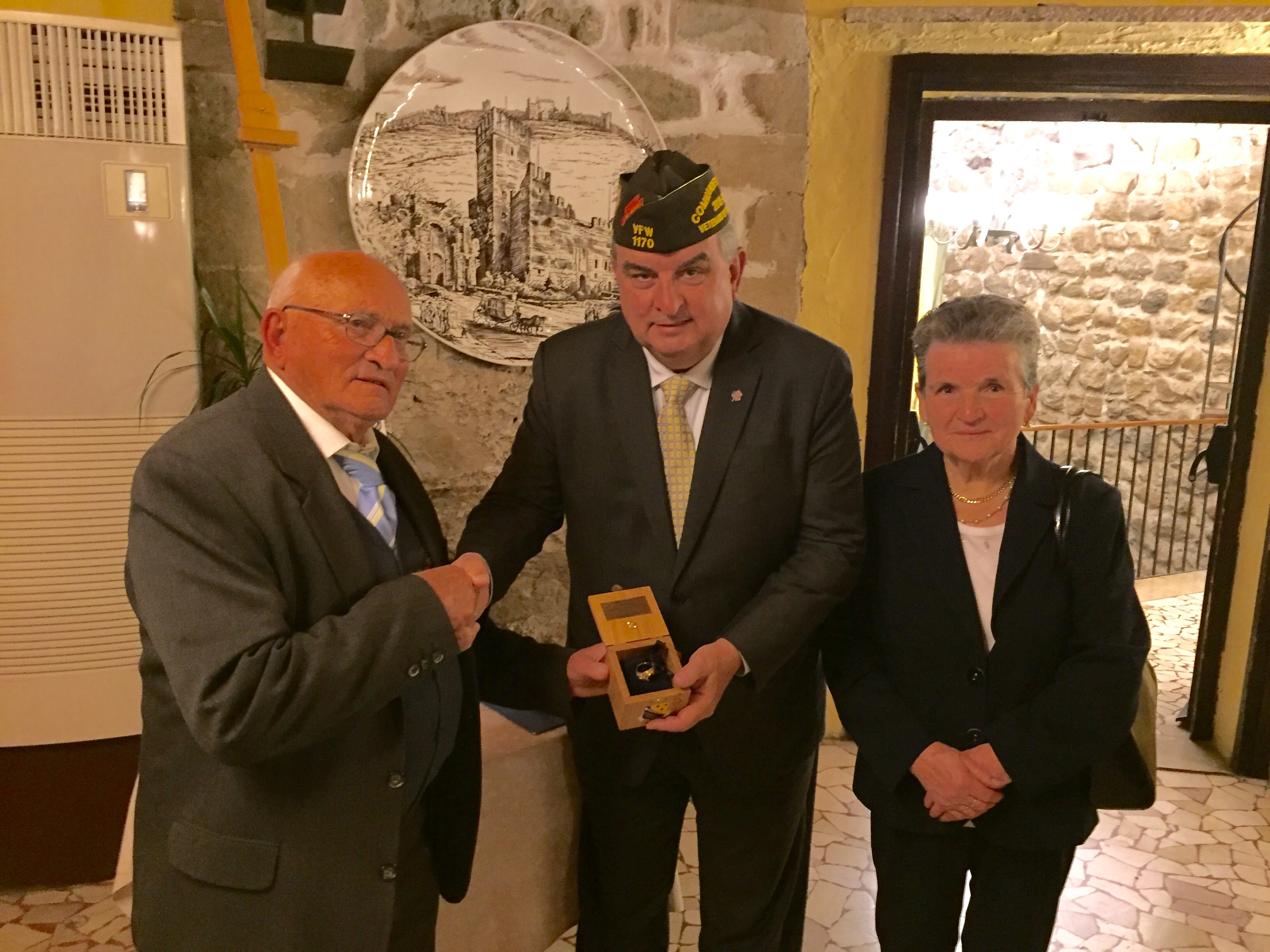 ring-transfer-to-vfw-national-commander
