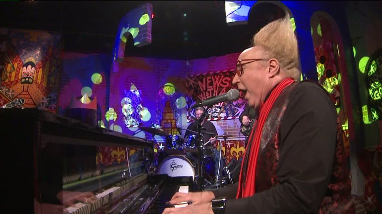 Vince Vance performs on the Twist stage (WGNO-TV)