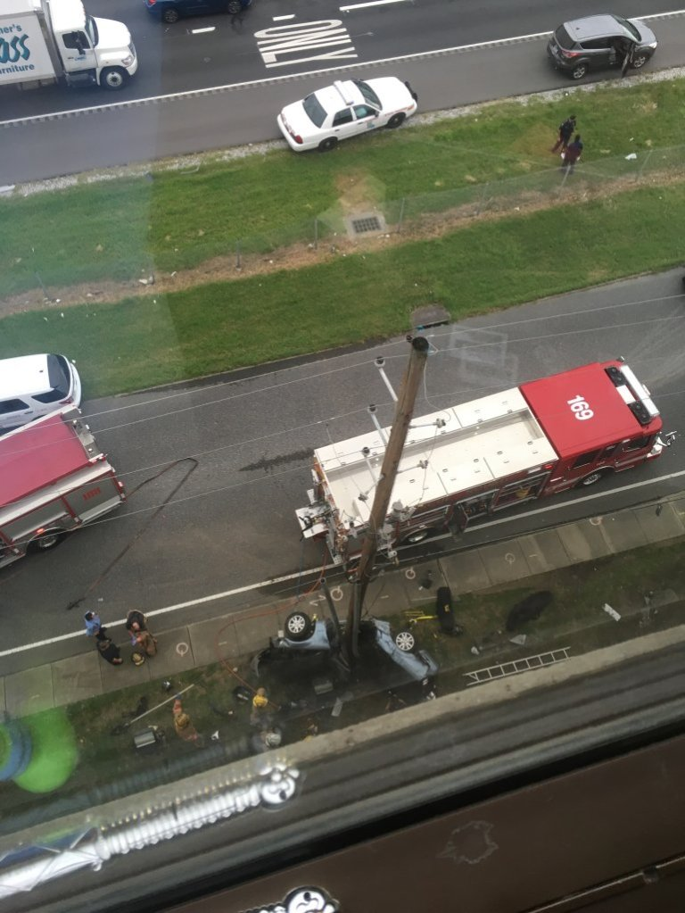 Photo of crash that killed two women in Metairie