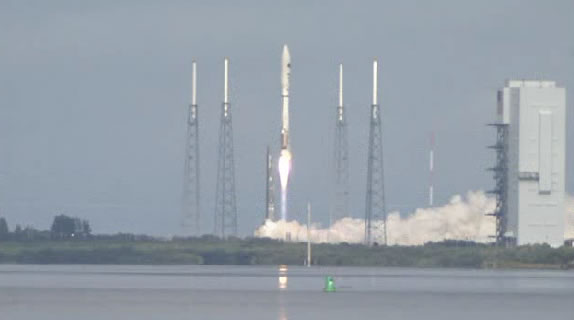 The Atlas V, just after liftoff on Tuesday, December 11. (ulalaunch.com)