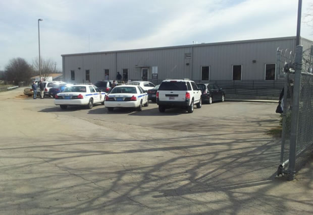 Huntsville Police investigate a person's death at 305 Seminole Drive. (Photo: Dion Hose/WHNT News 19)